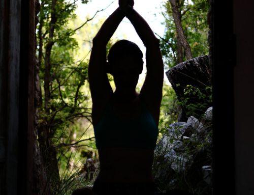 Asana Praxis ganz allein… ein paar hoffentlich hilfreiche Gedanken…
